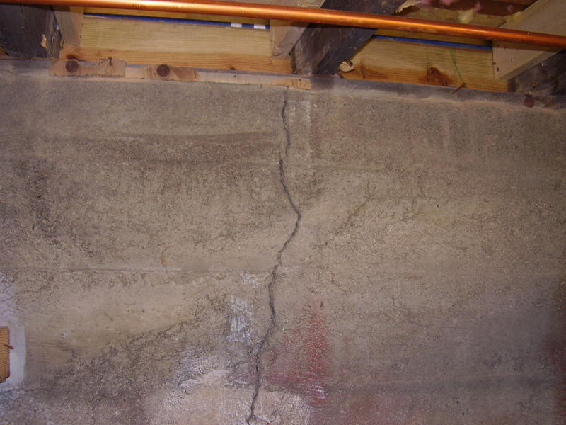 Inspection for cracked concrete wall